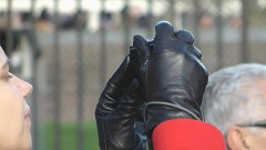 girl-in-leather-gloves-5-page3.jpg